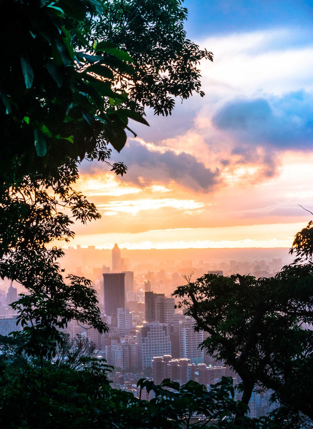 amaris-woo-taipei-taiwan-elephant-mountain