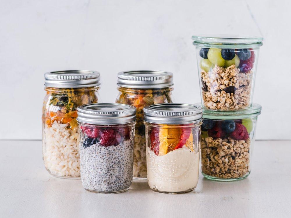 meals in glass jars.jpg