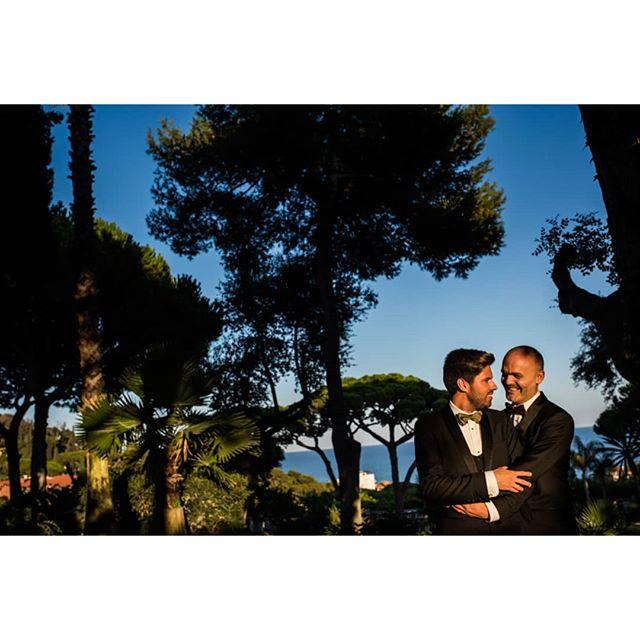 Natural love @punzano_ - www.thewedroads.com - #natural #samesex #groom #weddingday #samesexwedding #feel #barcelona #catalunya #weddinglove #spain #boda #sitges #naturalwedding #instamoment #details #relax #naturaleza #blackandwhite #weddingphoto #weddingphotographer #weddingdays #weddingphotographers #ilove #instagroom #instalove #look #wedroads #loveislove