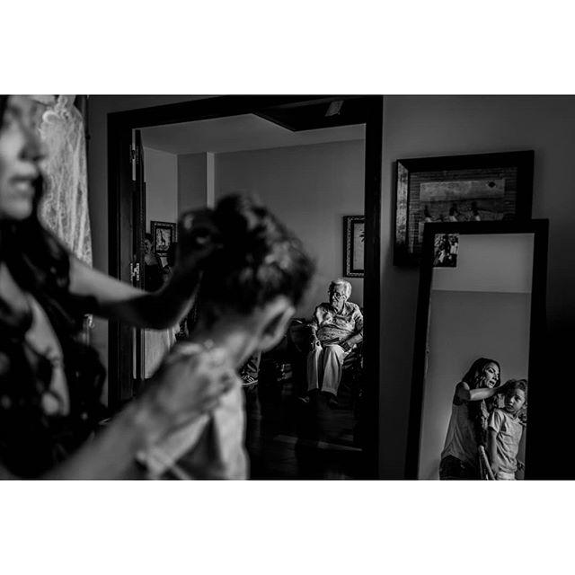 Family @fotografiavictorlinares - www.thewedroads.com - #love #moment #family #weddingday #bride #bridal #dress #bridaldreams #dressbridalmaids #weddinglove #weddingart #weddingmoments #weddingswithlove #weddingdays #lovefamily #thewedroads #weddingspain #photographers #details #people #barcelona #weddingbarcelona #grandma #loves #instamoment #igersbarcelona #instagram