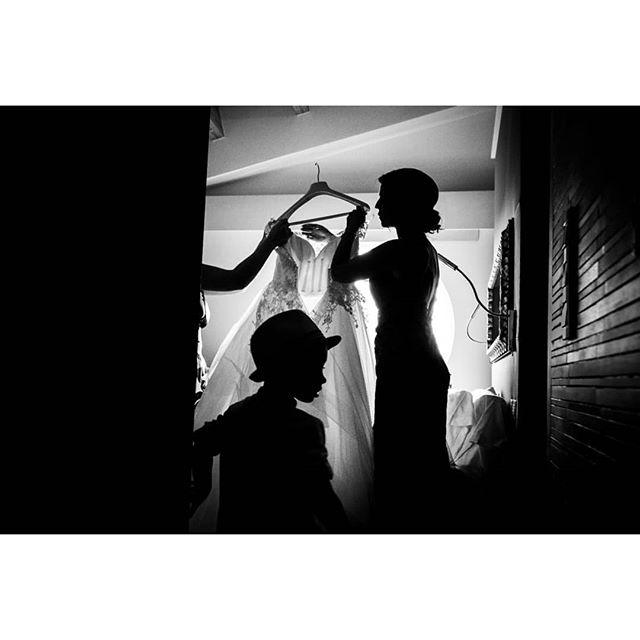 The dress @rafaeltorresphoto - www.thewedroads.com - #gettingready #love #moment #family #weddingday #bride #bridal #dress #bridaldreams #dressbridalmaids #weddinglove #weddingart #weddingmoments #weddingswithlove #barcelona #marbella #sitges #madrid #weddingdays #lovefamily #thewedroads #weddingspain #photographers #details #people #shadows #weddingbarcelona #canbonastre