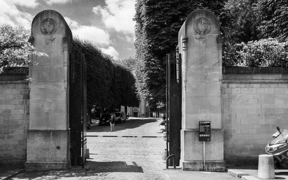 The gateway into Paris' hidden city