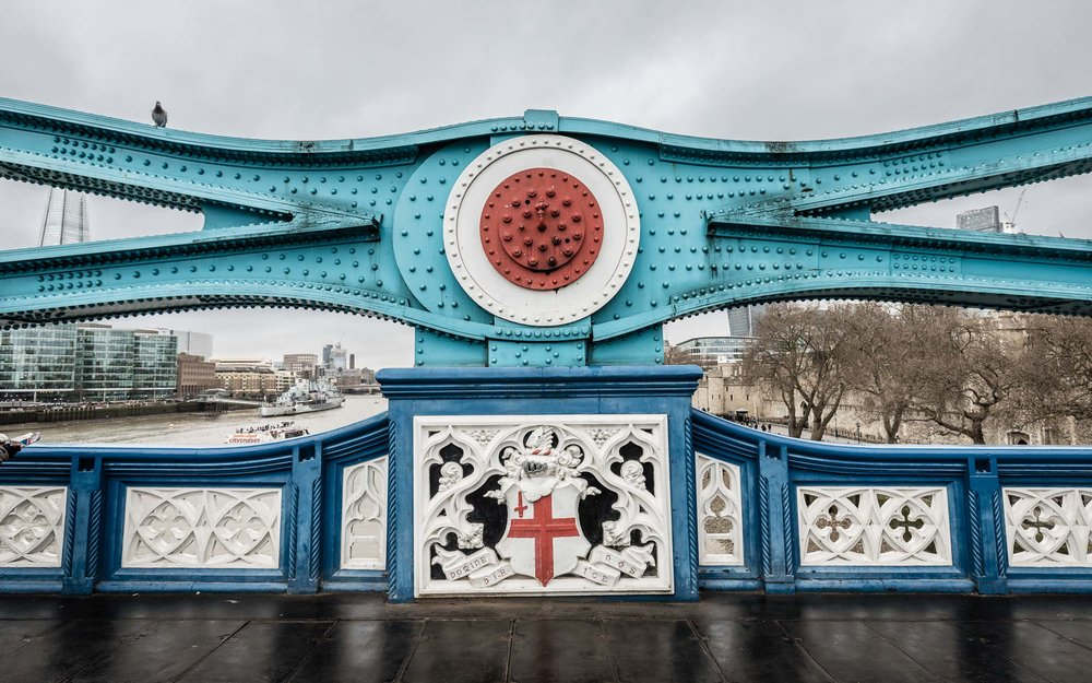 Detail on Tower Bridge with, not only St.George's Cross but also a adornment reminiscent of the famous Royal Airforce roundel pioneered in WWII