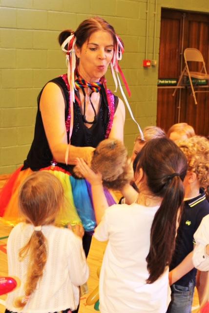 childrens entertainer (3).JPG