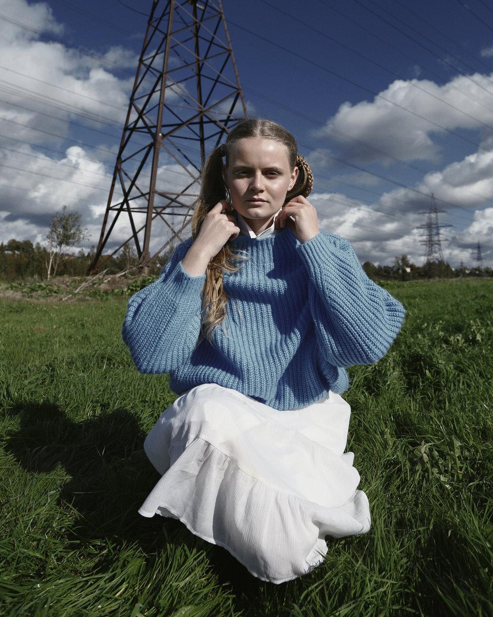 Dress - vintage from @vintage_antresol T-shirt dress - COS Shirt - Max Mara Sweater - Mango Tights - Calzedonia Boots - Dr. Martens