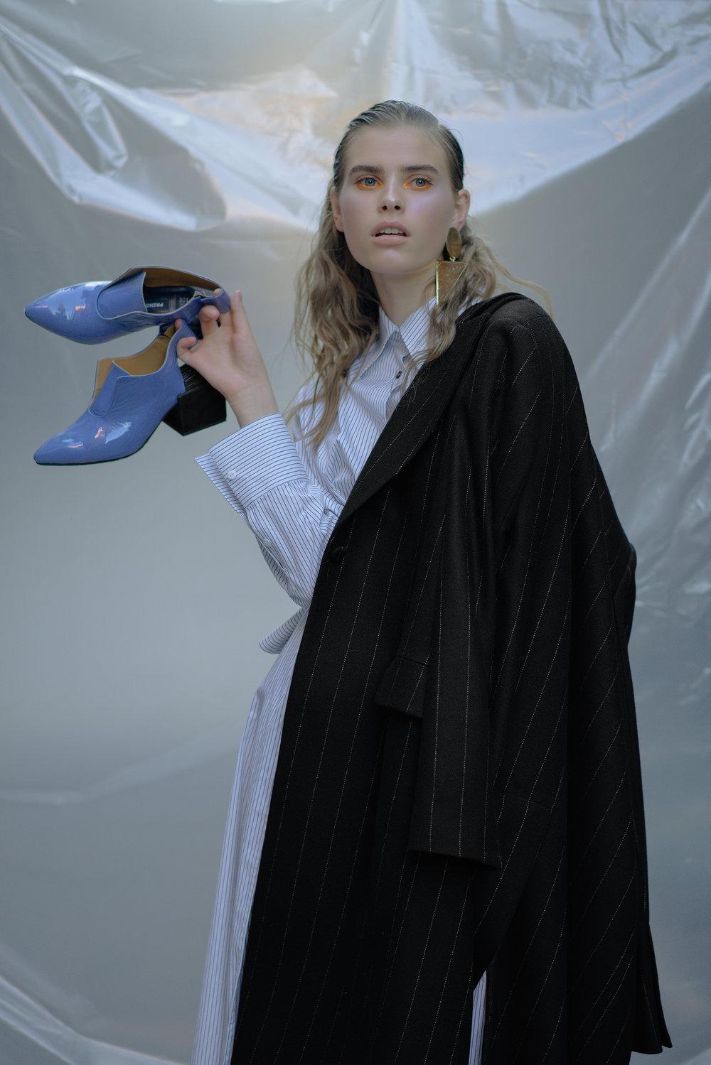 Coat BEVZA Shirt dress CHAKSHYN Earring Stylist's own Shoes PRZHONSKAYA & ALI SAULIDI