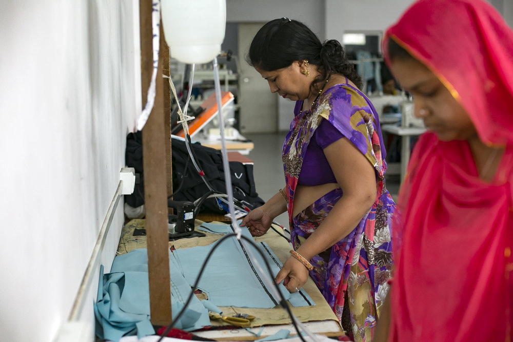 Sunita Jingar works at a textiles production centre in Udaipur, India. Credit: Traidcraft Exchange/Allison Joyce