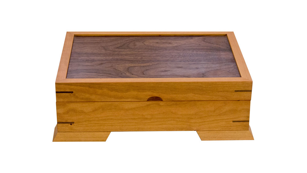 valet jewelry chest - Contains a velvet-lined base and full or half-size tray. Choose the divider options that best accommodate your needs. 140 square inches (half-size tray), 190 square inches (full-size tray) of storage space.As shown: Cherry and WalnutDimensions: 14W x 10D x 5HPrice: from $259