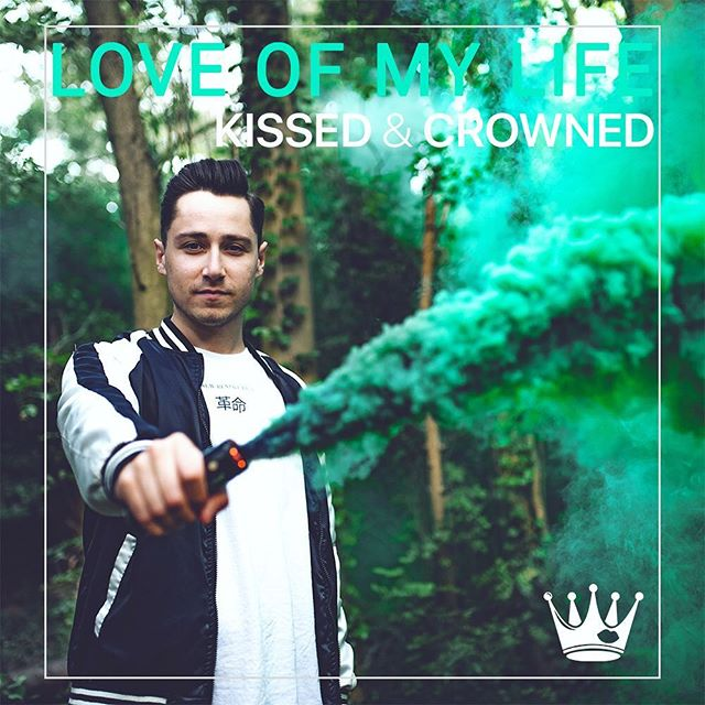 "So proud to say that @kissedandcrowned have released yet another amazing single ""Love Of My Life"". Go check it out on iTunes/Spotify! 💋👑 📸  #music #musicphotography #freelance #itunes #spotify #unsignedartist #picoftheday #instapic #follow #instaphoto #instaphotography #kissedandcrowned #newmusic #nikon"