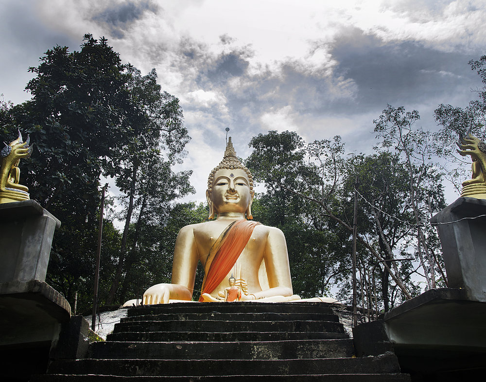 Spencer_Drake_Golden_Buddha_Photography_Thailand_gold_buddha_buddhism_temple_shrine_travel_statue_architecture.jpg