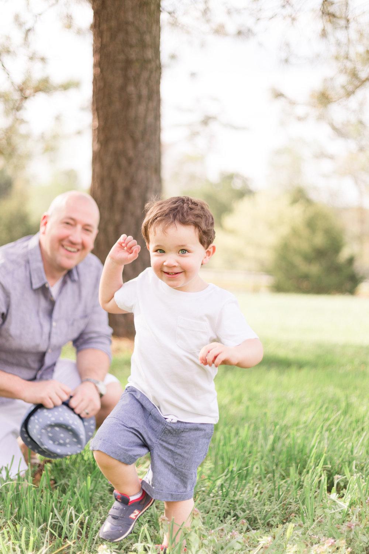 boy-fedora-family-session-cary