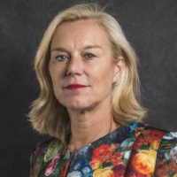 Sigrid Kaag, Minister for Foreign Trade and Development Cooperation for the Netherlands    Sigrid Kaag worked at the UN Political Affairs Section of the Ministry of Foreign Affairs from 1990 to 1993. She subsequently held a series of international positions. From 1994 to 1997 she was the Programme Manager and Head of Donor Relations at the United Nations Relief and Works Agency (UNRWA) in Jerusalem. She then worked at the International Organization for Migration in Geneva from 1998 to 2004.  In 2004 and 2005 Mrs Kaag was senior UN adviser in Khartoum and Nairobi. She continued her career at UNICEF, where she held various positions between 2005 and 2010, including Deputy Director of the Programme Division and Chief of Staff in New York, and Regional Director for the Middle East and North Africa in Amman. Mrs Kaag then served as Assistant Secretary-General for the UN Development Programme (UNDP) in New York.  From October 2013 to September 2014 Mrs Kaag, as UN Under-Secretary-General, led the mission to eliminate chemical weapons in Syria. After this mission was completed, in 2015, she became Under-Secretary-General in Lebanon with responsibility for all UN activities in the country, specifically the implementation of UN Security Council Resolution 1701.  On 26 October 2017, Sigrid Kaag was appointed Minister for Foreign Trade and Development Cooperation in the third Rutte government.