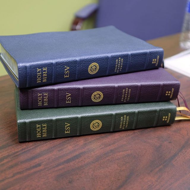 I dropped in on @evbible yesterday and got to spend some time with these Heirloom Legacy ESVs.