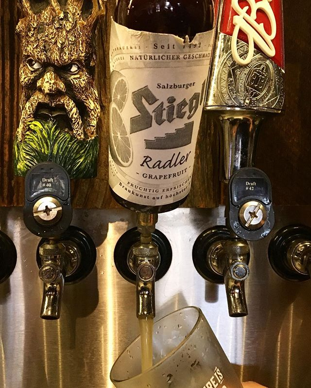A crowd favorite from Cheers on the Corner was the Stiegl Radler from @audrafthouse. This refreshing grapefruit beer is available on draft right now!🍺Go try it! #stieglradler #summerbeer #drinklocal #downtownauburn #cheersonthecorner