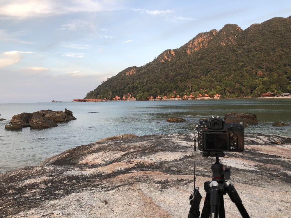 camera_beach.jpg