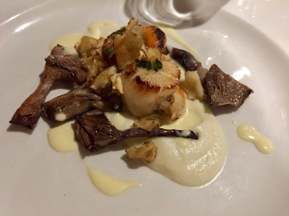 Webbe's at the Fish Cafe - Seared Scallops with Jerusalem Artichoke Purée