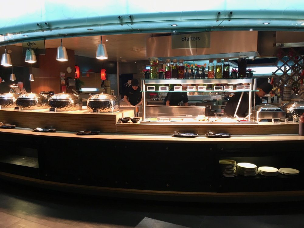 COSMO Coventry Buffet Counter