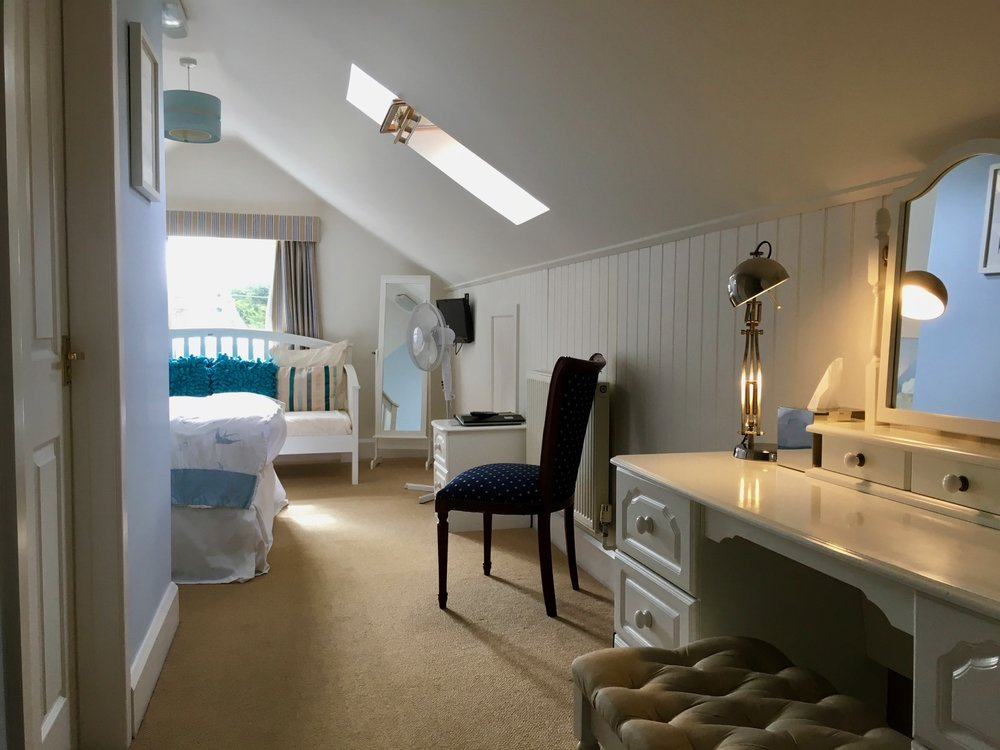 The Fishbourne Ryde King Room