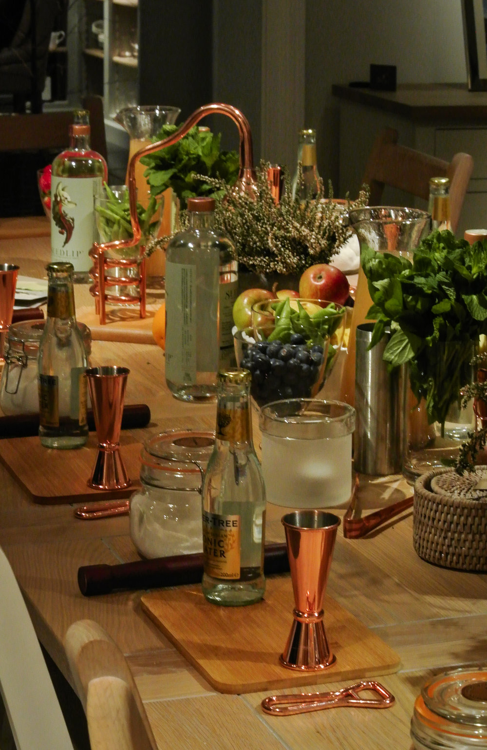 Seedlip cocktail class dining table at Neptune Harbourne 2018