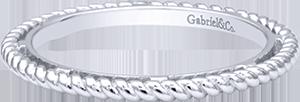 LR5989-&SVJJJ  – Sterling Silver Band.  List Price: $75