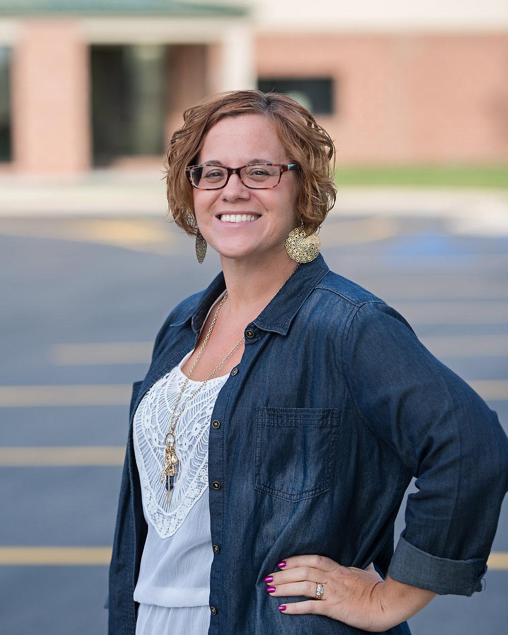 TARA WALCZAK - Children's Director (K-5)tara@twinoakschristian.com