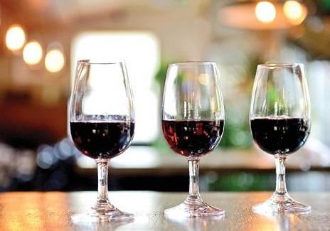 wineflight.jpg