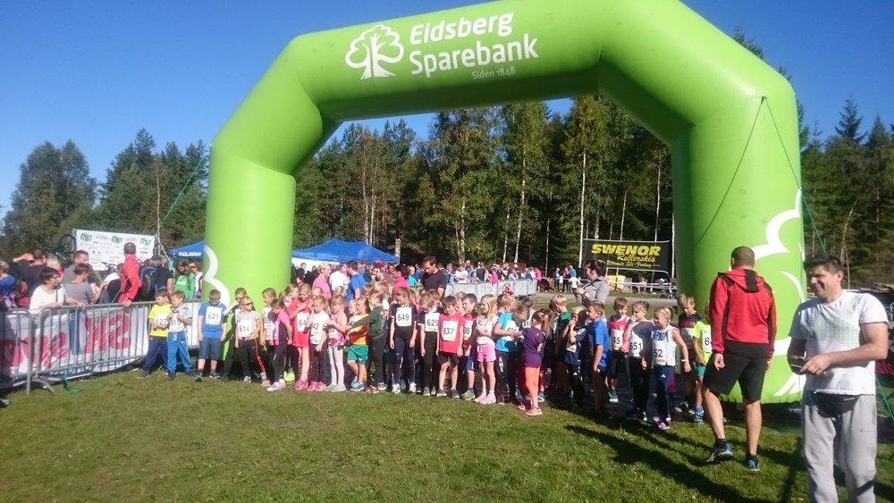 5 km rekorder: - Damer: Karoline SkauenTid: 21:16 (2017)Herrer: Kasper FosserTid: 20:05 (2013)
