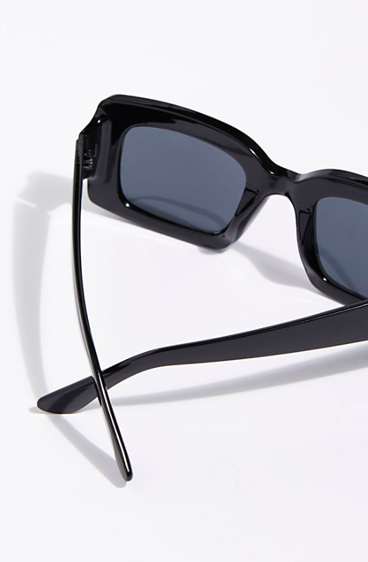 Square Sunnies -