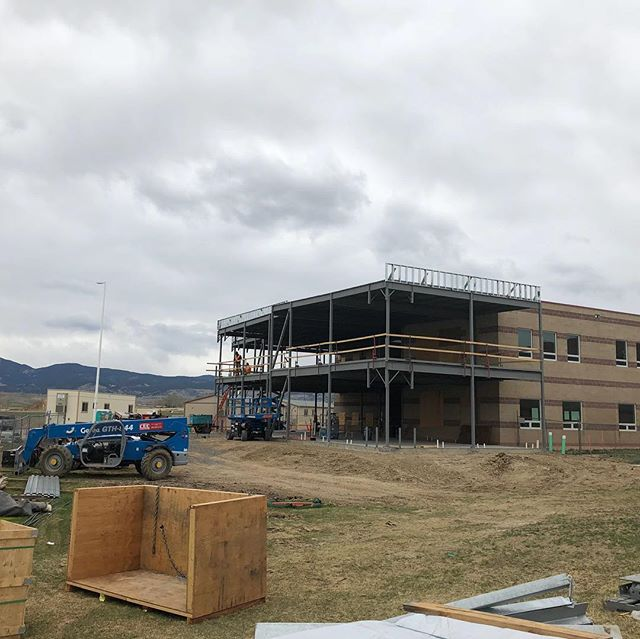 Construction is coming along fast! We have the frame in place! Go outside the f wing to see the progress being made!!! #expansion #svvsd #schs #construction