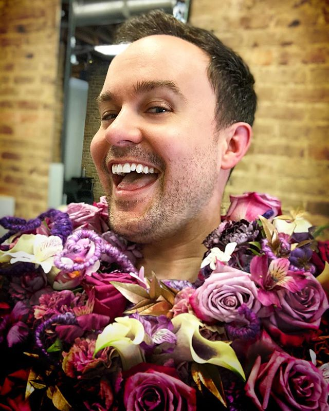 You have to have a little fun on photo shoots 💐🙋🏻‍♂️💁🏻‍♂️🤳🏻💐