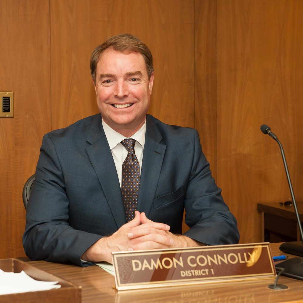 - DAMON CONNOLLYDamon is District 1 Supervisor representing San Rafael and its unincorporated neighborhoods. Prior, Damon was Vice Mayor of San Rafael, a two-term San Rafael City Councilmember, former School Board President, and former Supervising Deputy California Attorney General. Founding board member of Marin Clean Energy (MCE), he also served as Chair of the Board of Directors from June 2011- November 2014. He has also helped expand transportation options for local residents and worked to reduce San Rafael's contribution to climate change. Damon served as a leader on the Green Ribbon Committee that developed San Rafael's Climate Change Action Plan, the first to be adopted by a Marin city. He also helped San Rafael adopt a model green-ordinance with some of the toughest green-building standards in America.