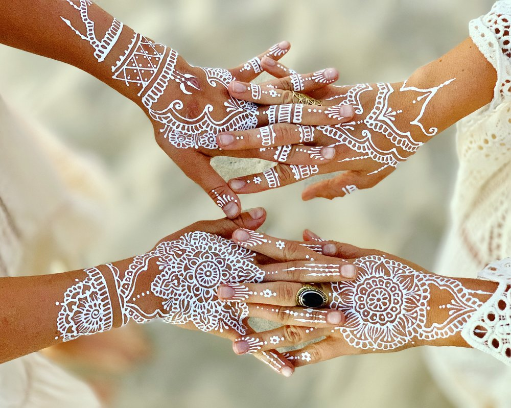 white henna - A more recent trend, white henna is taking the event scene by storm. A unique offering for any party, White henna stays on the skin for a few days and creates a brilliant & beautiful tattoo.