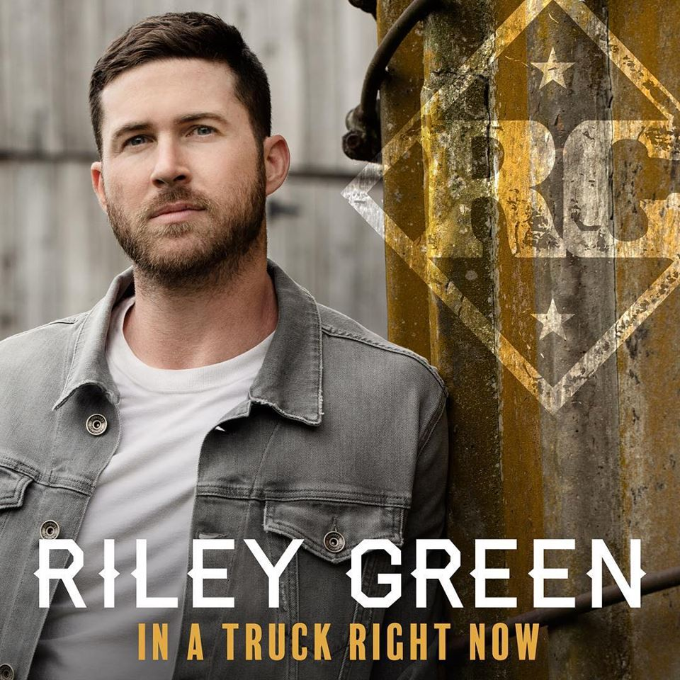 Riley Green - In A Truck Right Now -