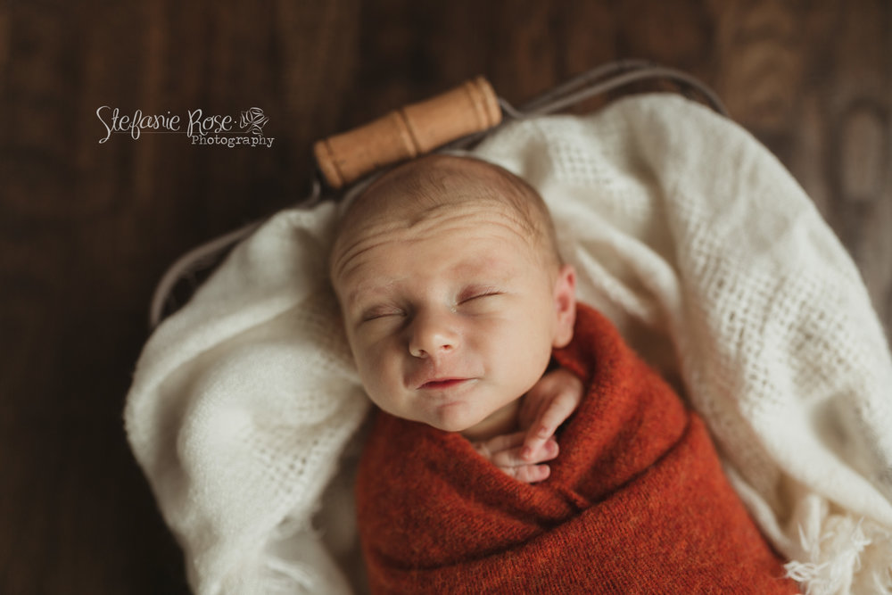 My last newborn session of 2018, and he was just perfect! Great end to a great year of the business of babies!