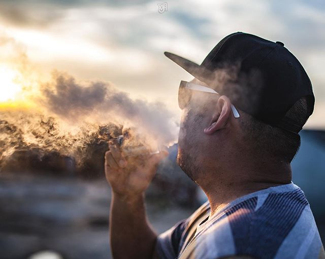 Another Memorial Day in the books, and now back to work!  @vaperazzi unwinding before going back to the grind! 📸 by @vapingscissorhands.  _____________________________________________________________  #vaperazzi #vaporchasersco #vapeporn #vape #vapeon #vapepics #vapelyfe #vaper #handcheck #vapestagram #dripclub #vapelove #instavaperz #vapelife  #vapehooligans #ejuice #vapelife #vapergram #calivapers #vapesociety #vapers #vapedaily  #vapecommunity #vapehooligans  #subohm #vappix #vapenation  #coilporn #vaporgram #vape4you