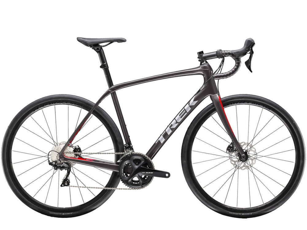 Domane SL 5 Disc is all about smooth riding, speed, and versatility at a great value. It's great for riders who want to make the jump to carbon, and want to get a lot for their money when they do, including disc brakes, a performance drivetrain, and Front and Rear IsoSpeed.