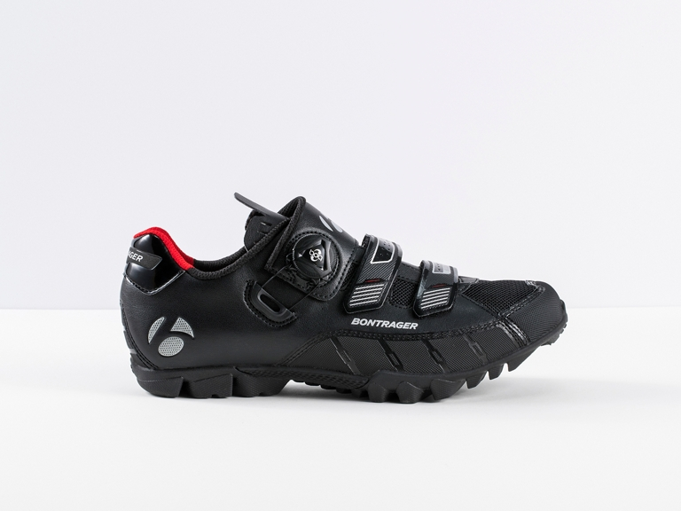 Katan  Super-versatile mountain bike shoe with trail-ready rubber outsole and a natural fit.