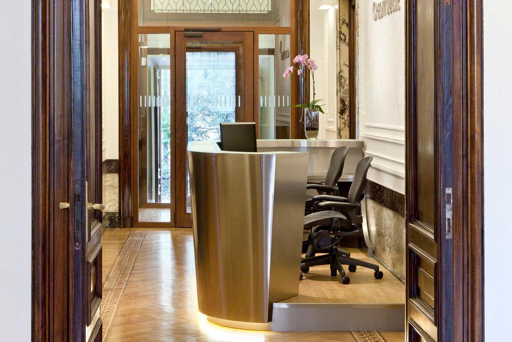 2-Reh-Build-General-Contractor-Roma-Italia-Portfolio-Credit-Suisse.jpg