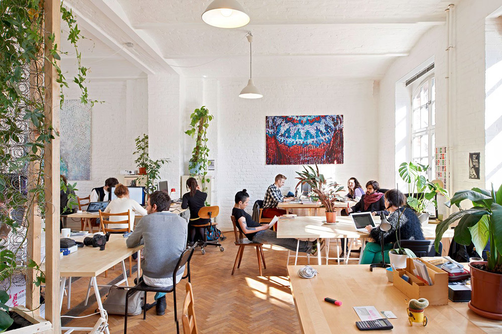 1-ufficio-futuro-coworking-rehbuild-news.jpg