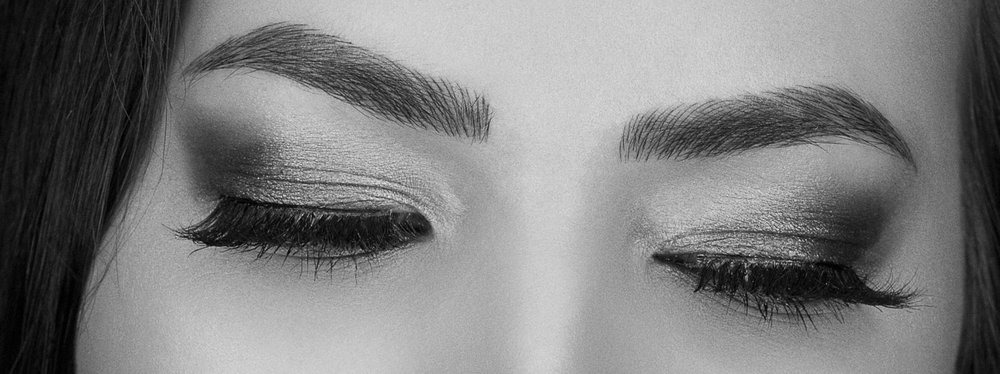 VTCT Level 4 Certificate in Enhancing Eyebrows usingMicroblading techniques. - 3 days intensive. Assesment day will be scheduled within 2 months £2640