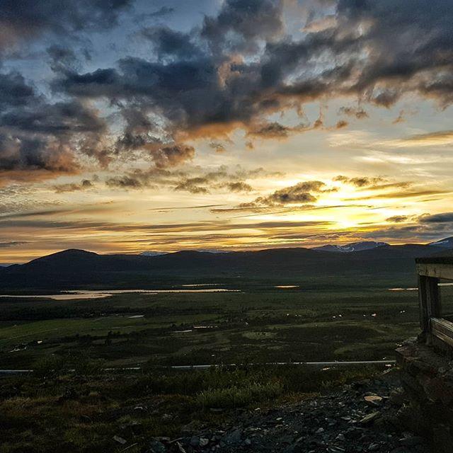 Kveldstur på nasjonalparkvegen #visitdovrefjell