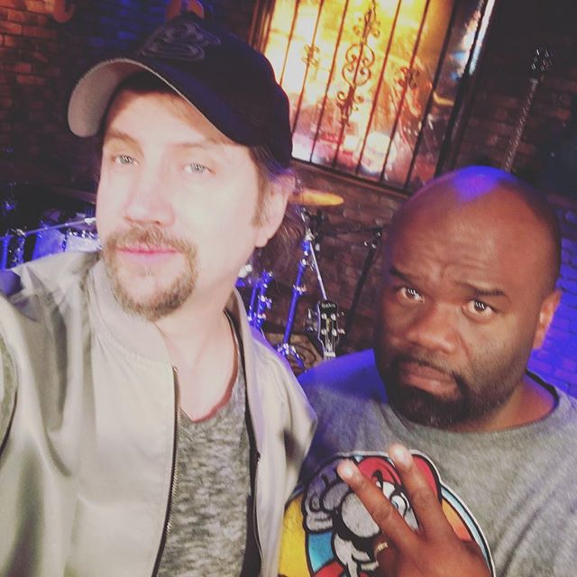 Shoutout to my main man @thejamiekennedy for taking this selfie. This man cracked me up all morning. Check out his show this weekend at @laughfactory_lv! #comedy #legend #dontbehatin @morefox5