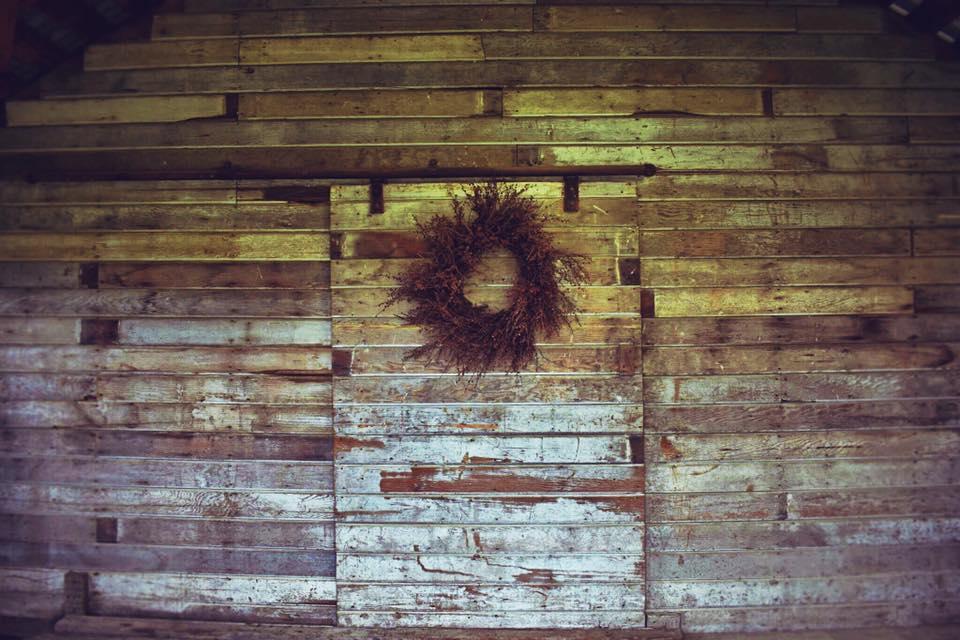 Groom's room wall
