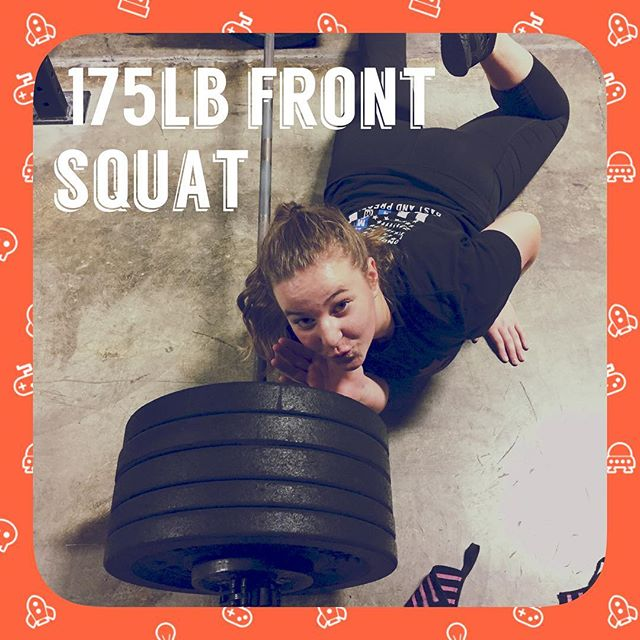 Oneda Ann Prd her #frontaquat today don't ever let her tell you she can't or she's not #strong because #shecan #crossfitteen #yelmwoddogs #crossfit #sixteen #crossfityelm #crossfityelmwoddogs #gym #fitness #yelm