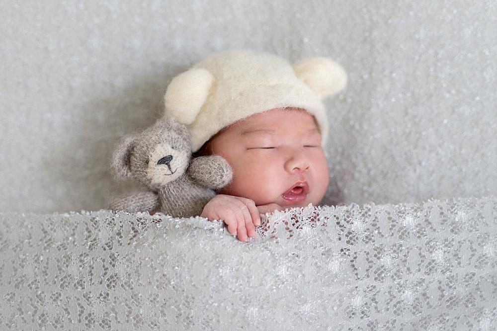 Newborn photographer trang and michael newborn session plano texas jenny havens photography