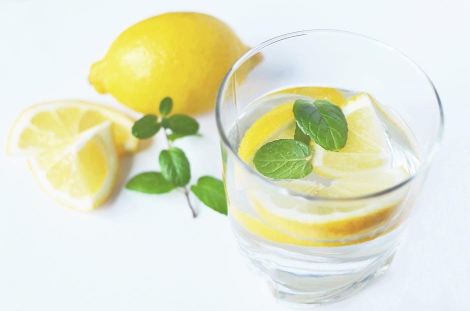water-drink-fresh-lemons.jpg