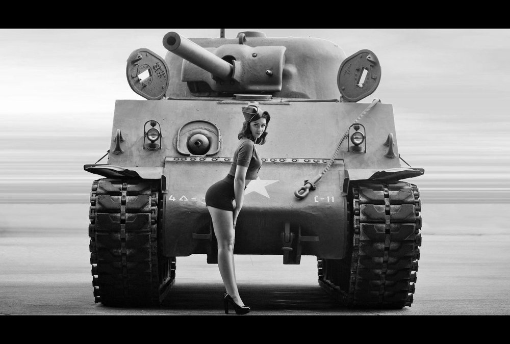 tanks-pinup-world-war-ii-women b&w2.jpg