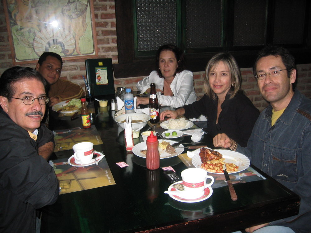 Consejo editorial - Santiago Rivadeneira, Christian Cortez, Silvia Echevarria, Genoveva Mora y Rodrigo Ponce