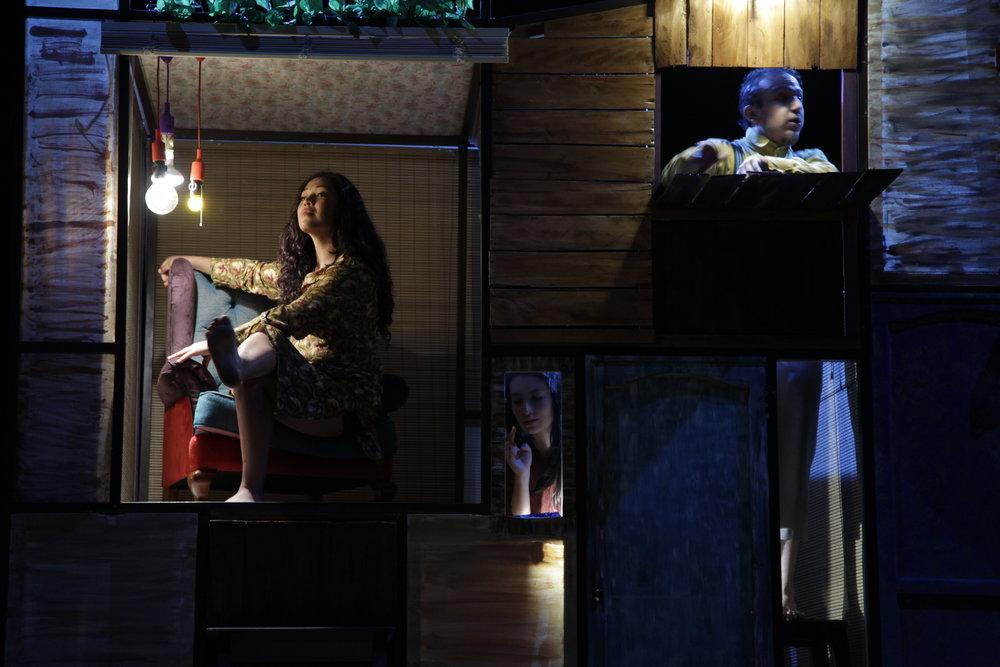 Claudia   Inquina Indira Reinoso y Santiago J. Campos: Foto El Apuntador