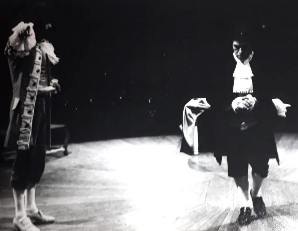 Tartufo de Molière  1980 . Victor Hugo Gallegos y Antonio Ordoñez Foto Cortesía Teatro Ensayo